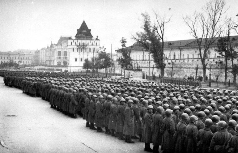 Отправка на фронт воинских частей - 1941 г.
