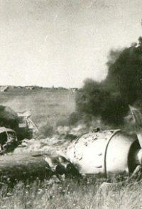 Сбитый советский бомбардировщик - 10 июля 1941 г.