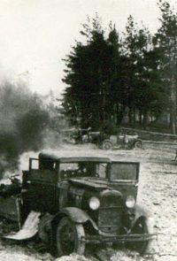 Разбитые машины под Брянском - 1941
